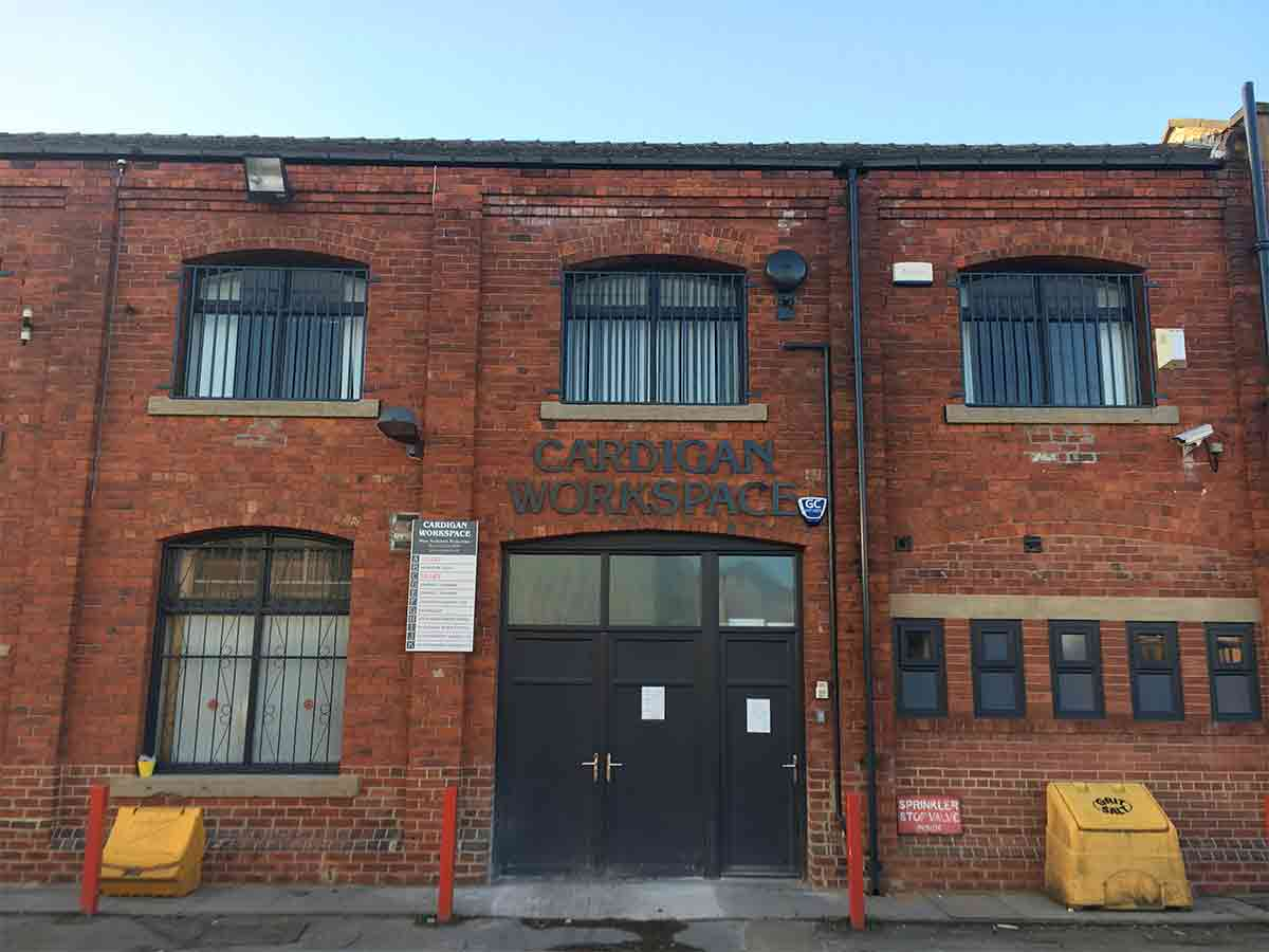 Small Industrial units to Let